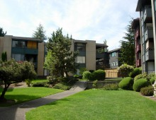 Park Sheridan <br><br>174 Apartments in Lake Forest Park, WA